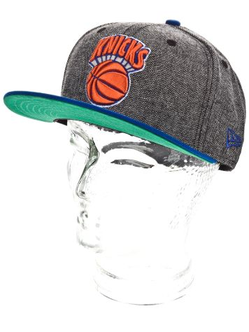 New Era NY Knicks Retro Tweed Cap